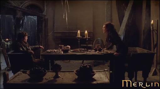 Morgana nous pète littéralement un plomb ! Même son cher Mordred en fait les frais...
